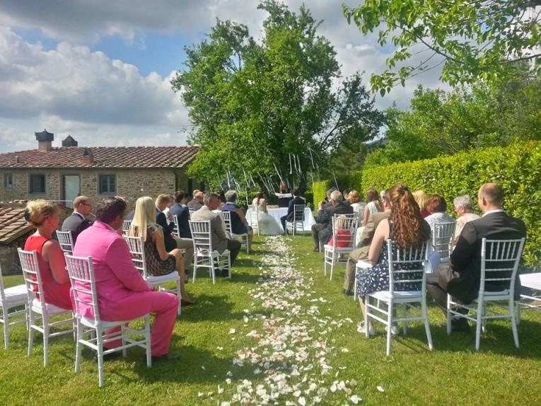 Bröllop på gård i Toscana
