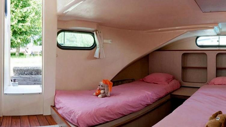 Confort 1350 B för 8-10 personer
