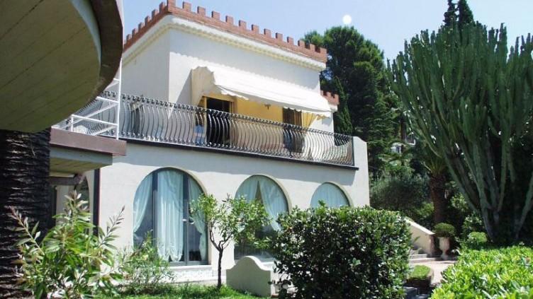 Villa Parmina